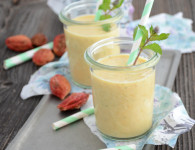 peach mint lassi