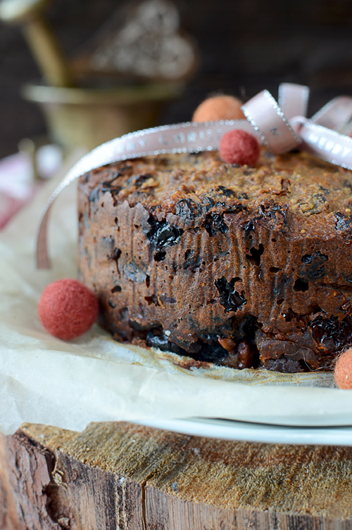 Healthy Christmas fruit cake, gluten free and sugar free. Can be prepared last minute