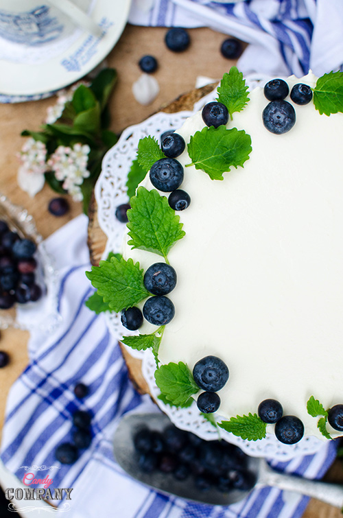 Light buttermilk layer cake with blueberries