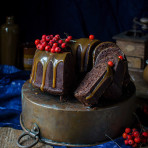 Rowanberry chocolate bundt cake with caramel sauce recipe. Food photography by Candy Company