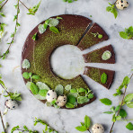 Healthy, no bake mint chocolate cake - perfect for Easter! Food photography by Candy Company. Mazurek