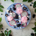 Blue blackberry cake no artificial food coloring! Natural blue food dye. Food photography by Candy Company