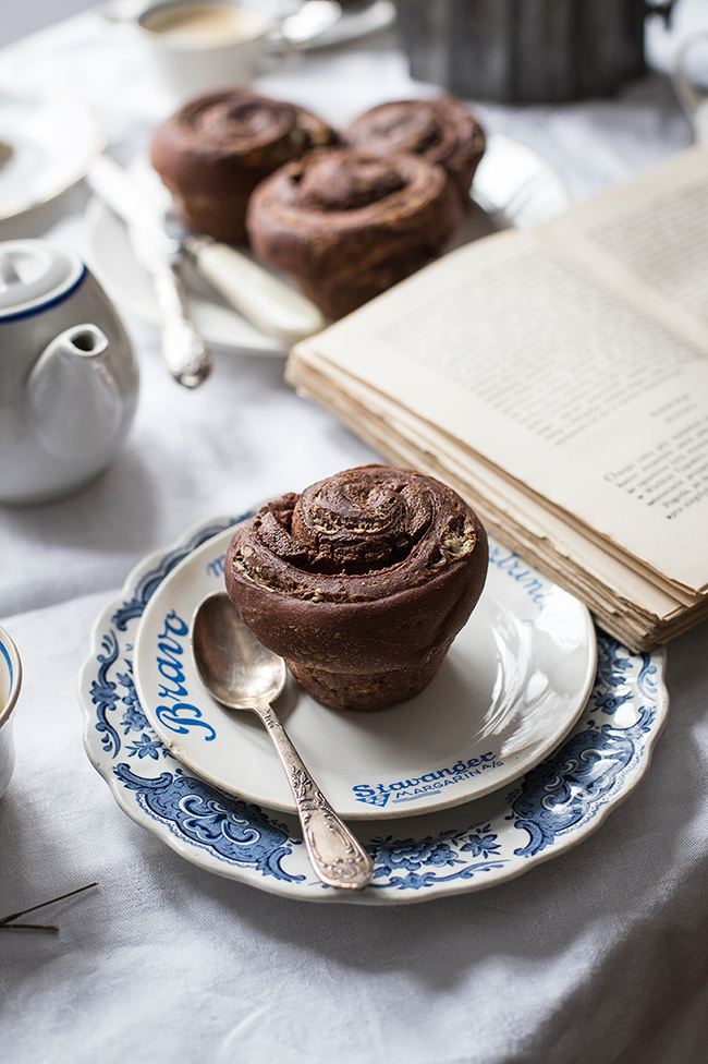 Breakfast nutella bun recipe. Food photography by Candy Company
