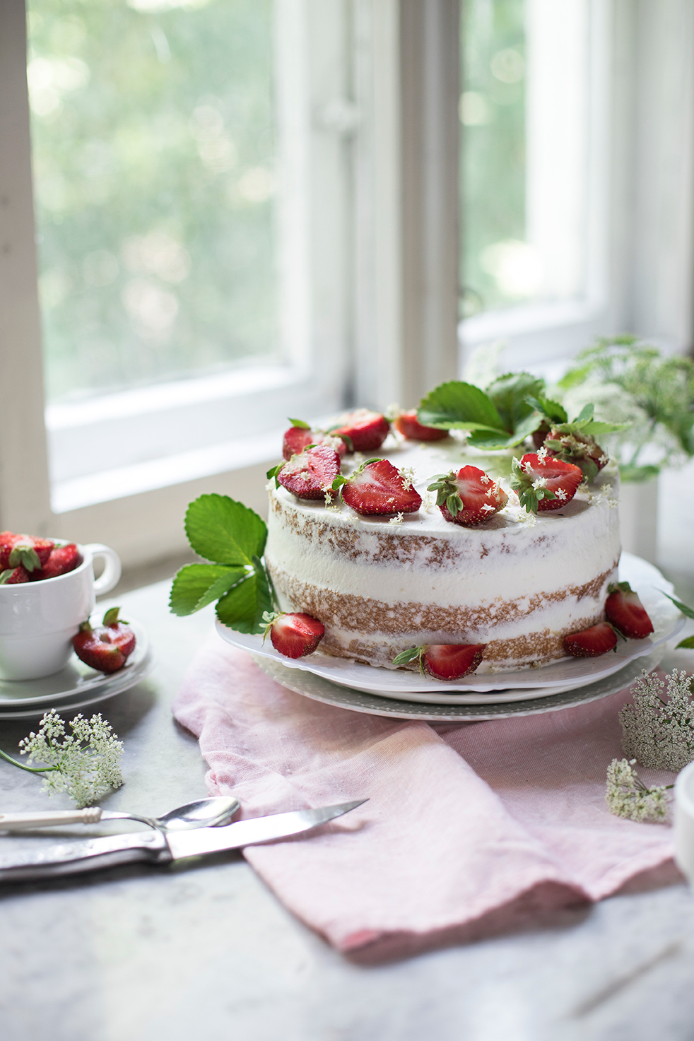 Strawberry and elder flower layer cake with ricotta cream filling by Candy Company